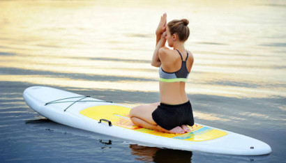 What is 'sap yoga', a fitness program that is definitely recommended for sea lovers?
